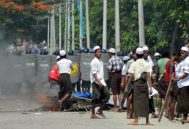 http://burma.irrawaddy.org/wp-content/uploads/2012/06/hmuzaw.jpg
