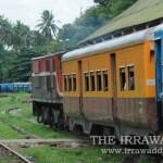 ျမစ္ႀကီးနား ရထားခရီးစဥ္မ်ားအား အခ်ိန္ေျပာင္းလဲ ေျပးဆြဲမည္ျဖစ္သည္။ (ဓာတ္ပံု Steve / The Irrawaddy)