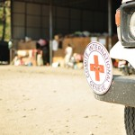 လိုင္ဇာေရာက္ ICRC အဖြဲ႕၏ ေမာ္ေတာ္ယာဥ္တစီး (ဓာတ္ပံု - Maran Naw)