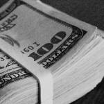 ေဒၚလာ ၁၁ ဘီလ်ံ သတင္းက အစိုးရ ေငြေၾကးဆုိင္ရာ မူဝါဒအေပၚ ပြင့္လင္းျမင္သာမႈ မရွိဟု ေဝဖန္ေျပာဆိုမႈမ်ား ျမင့္တက္ေစရန္ အေၾကာင္းဖန္လာခဲ့သည္။